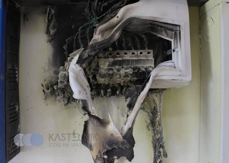 Zwarcie instalacje elektrycznej przyczyną pożaru w Tychach